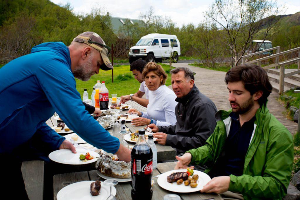 Lunch in Thorsmörk Basar