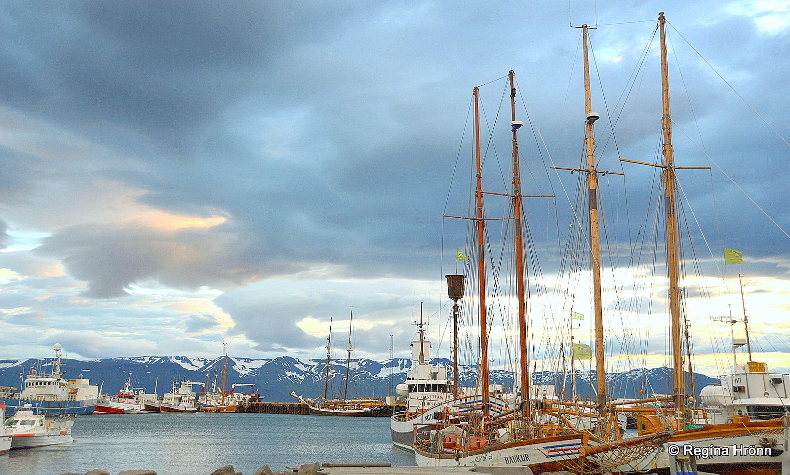 Ships in Húsavík harbour - dark clouds